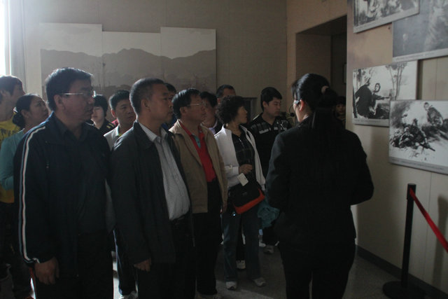 我校组织百余名教工赴山西文水刘胡兰纪念馆等地参观
