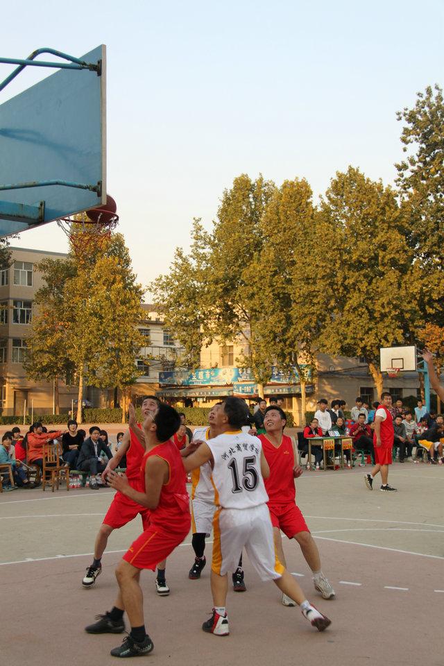 省社系统第四届篮球赛在我校举行